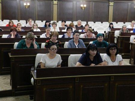 Обучающий семинар-совещание провели работники Управления ЗАГС КЧР...